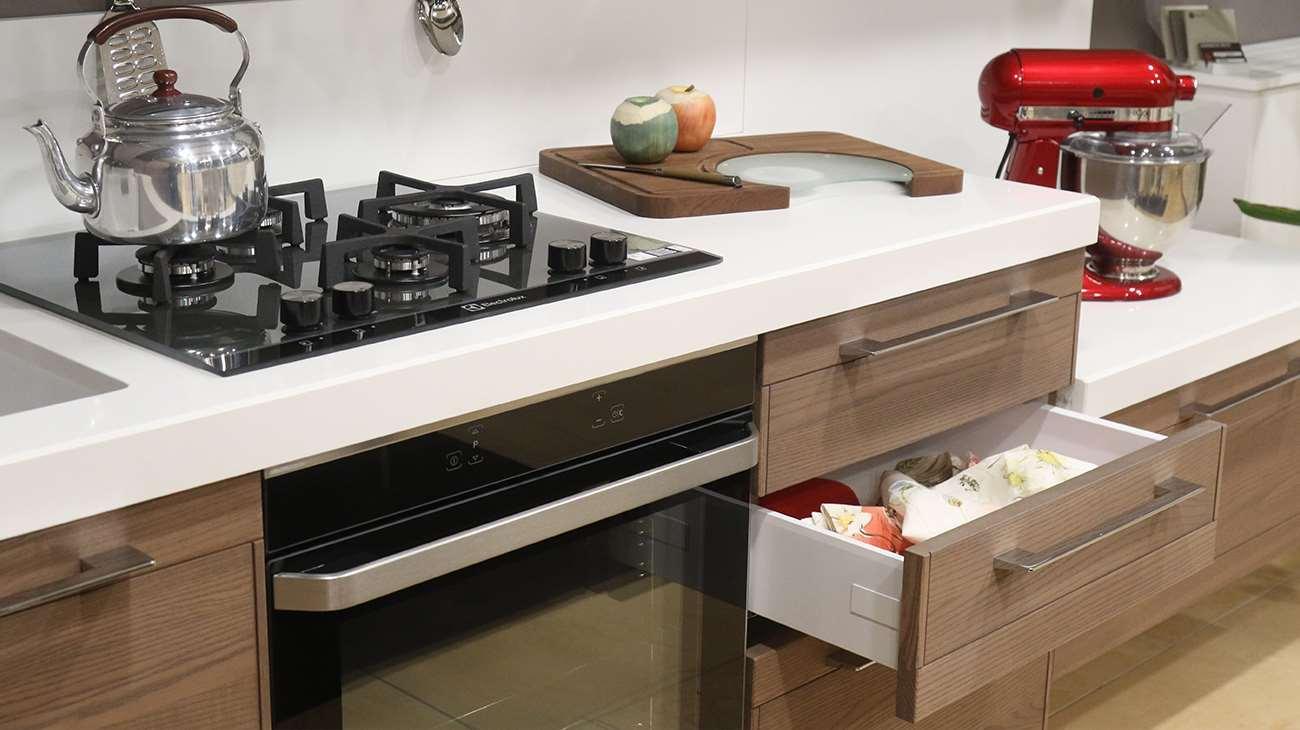 piano cucina legno
